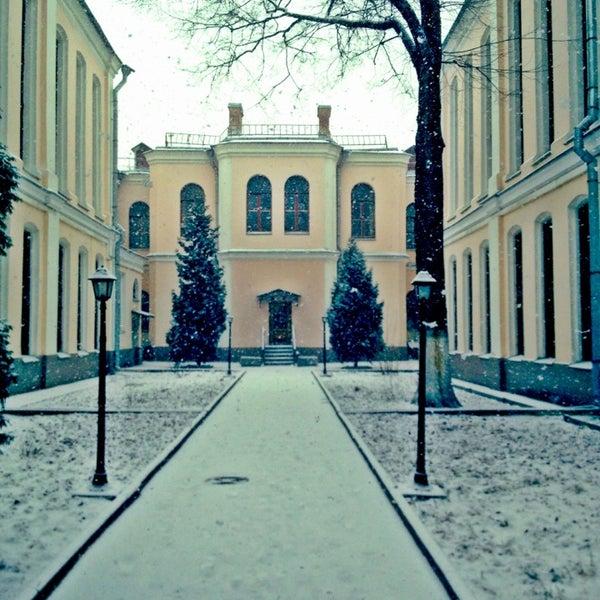 Вид на внутренний дворик РГАДА